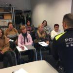 La tercera promoció d'agents cíviques comença la formació amb la Policia Local